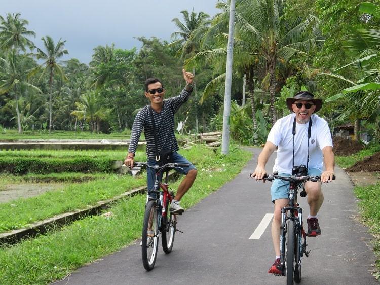 circuit bali vacances indonésie couple