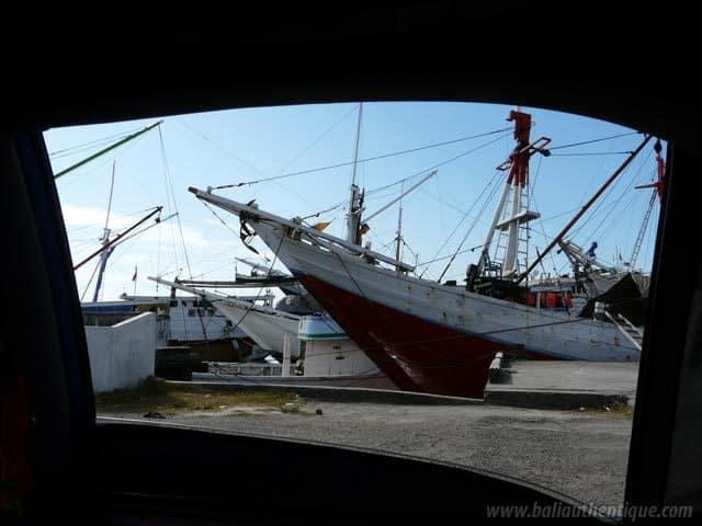ancien port makassar sulawesi visite