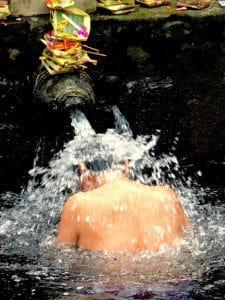 bain purification indonésie bali