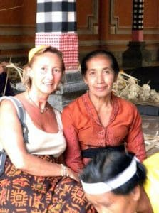 Bali Authentique client Nathalie grand-mère