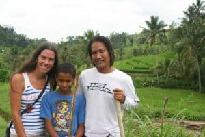 Bali Authentique guide client Fanny child
