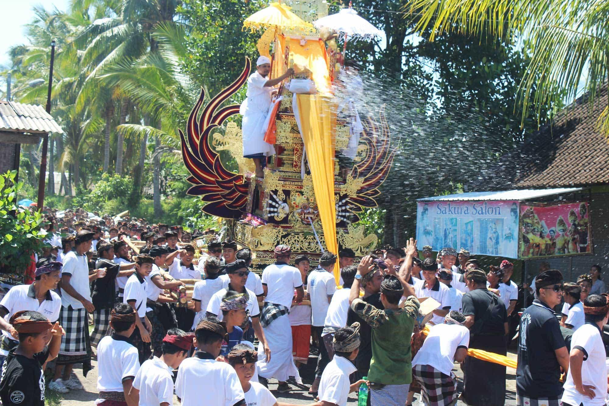 Bali Cérémonie cremation place pegesangan village