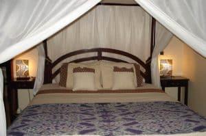 Bali hotel bad room karangasem