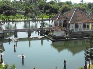 Bali karangasem taman ujung pool