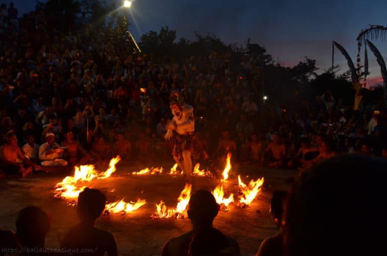 Bali kecak spectacle danse uluwatu