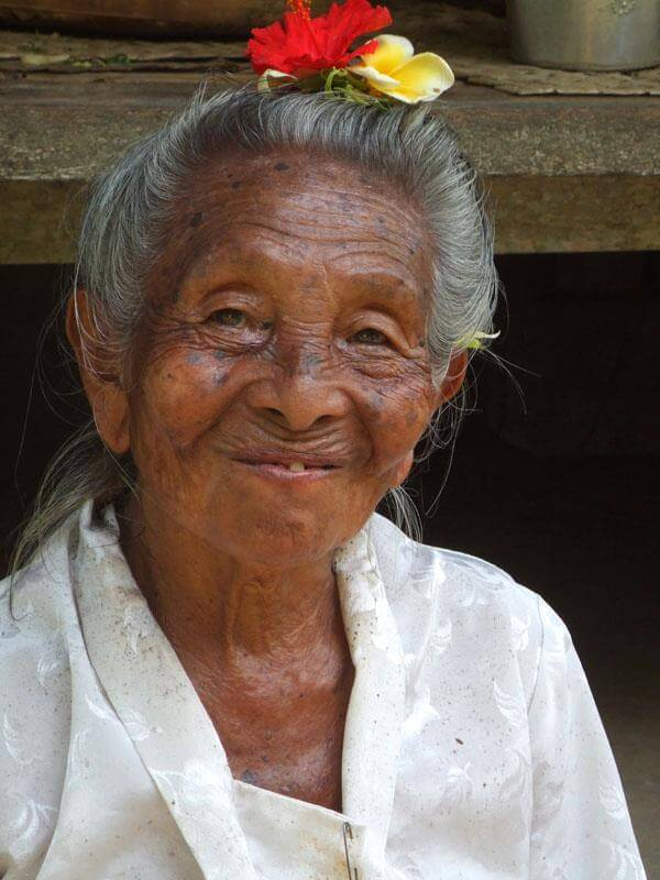 Bali grand mère femme