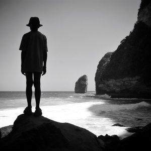 plage bali black and white indonésie