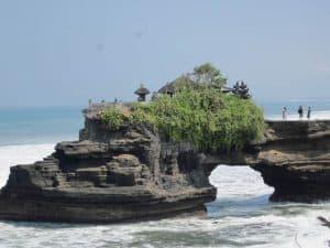 Bali tanah lot temple Bali Authentique