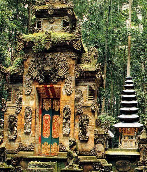 Bali Temple Sangeh Porte Sculptée Or Décoration Doré Foret Mur Statue Large