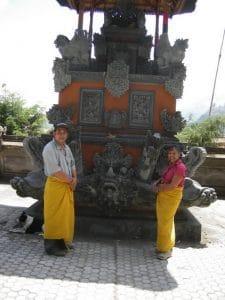 Bali la tradition du temple est sur mesure Bali Authentique client Danielle Herve