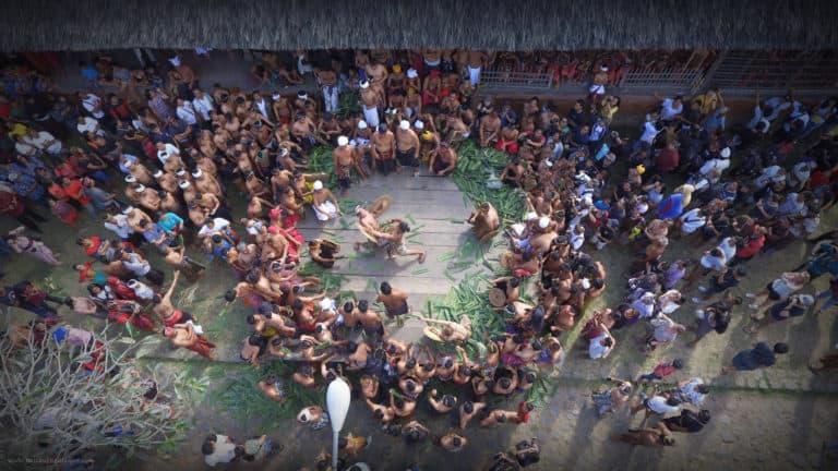 Bali Tenganan drone ceremoni mekare kare