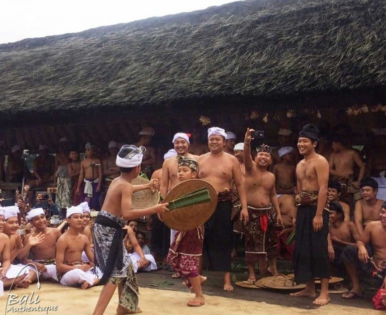 Bali Tenganan tradition fight megeret