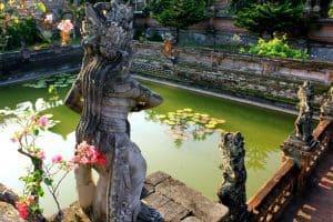Bali Tirta Gangga pool Bali Authentique