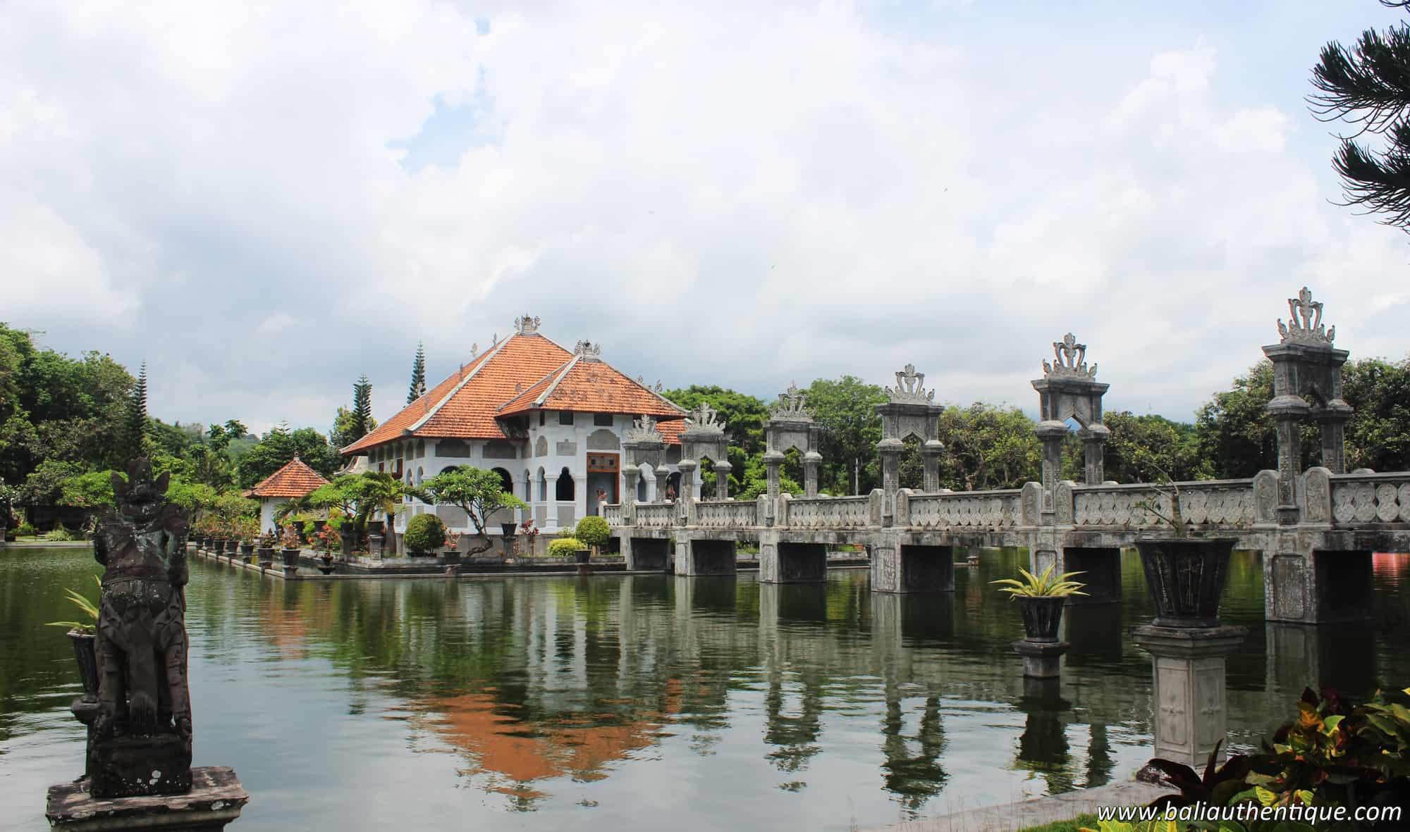 Bali ujung karangasem piscine pano