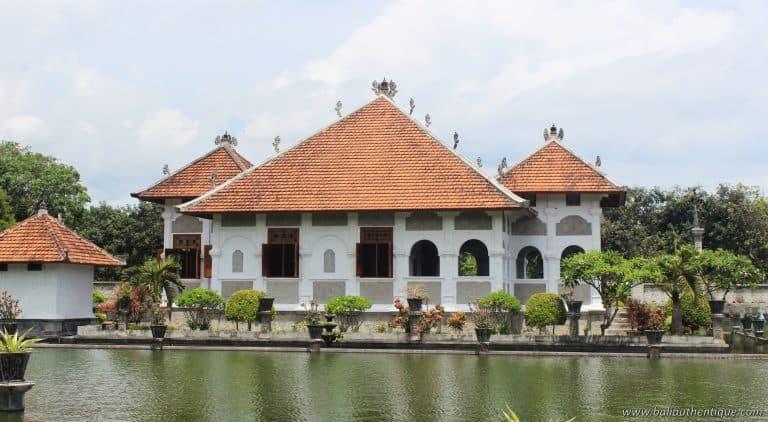 Bali ujung palais karangasem piscine pano