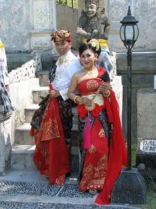 Balinese wedding photo taman ujung