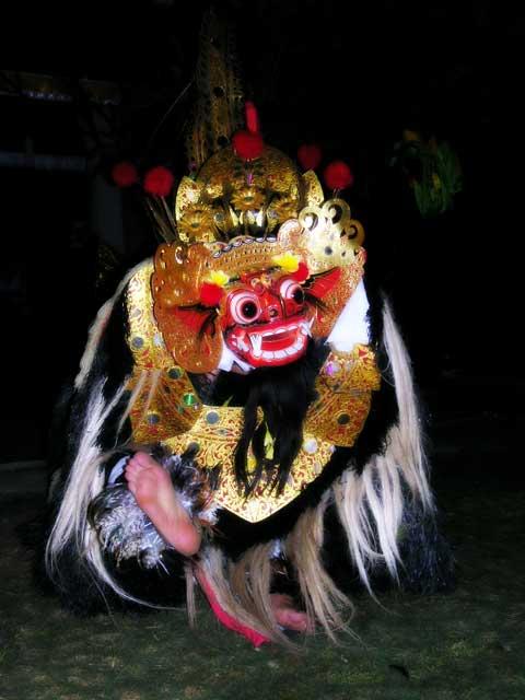 barong creature balinaise culture voyage