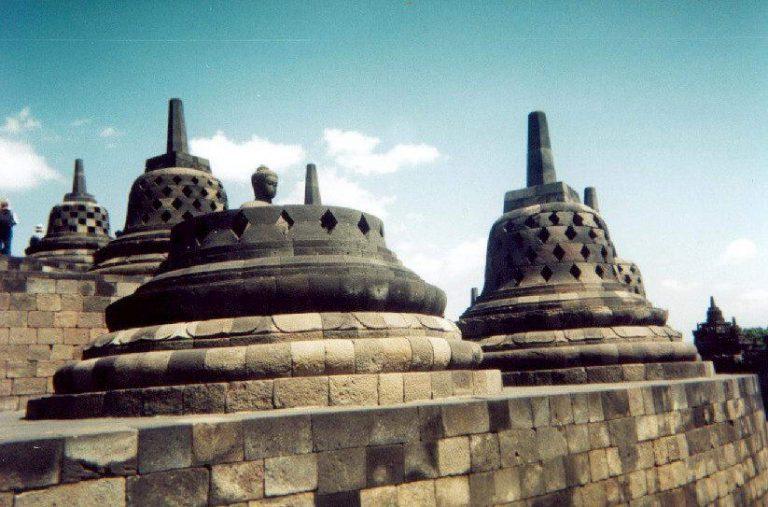 borobudur temple java visite