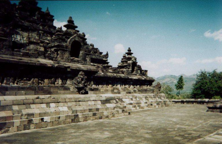 borobudur temple java visite culturelle