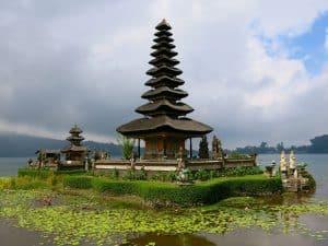 bratan temple célèbre bali