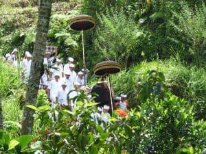 découverte culture balinaise cérémonie