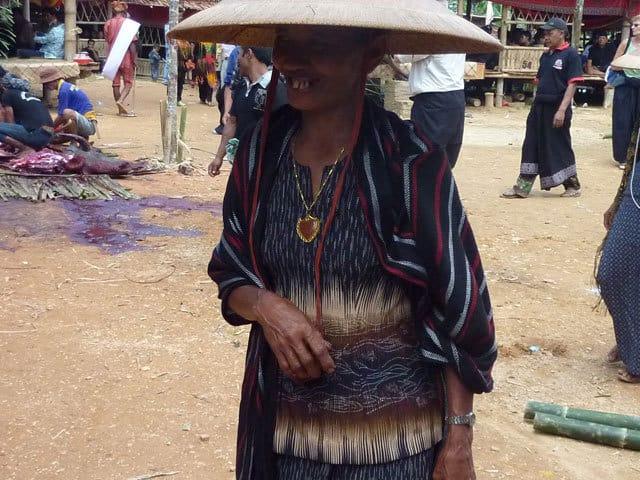 sulawesi ceremonie funeraire toraja