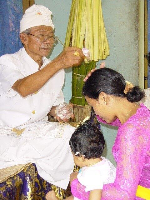 cérémonie indonésienne bali enfants