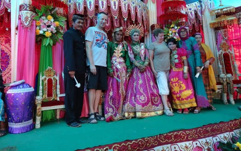 mariage traditionnel sulawesi indonésie