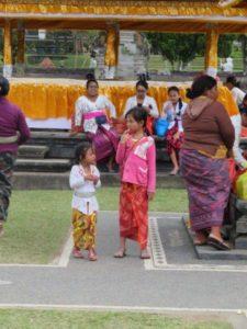 Cérémonies vie locale bali indonesie