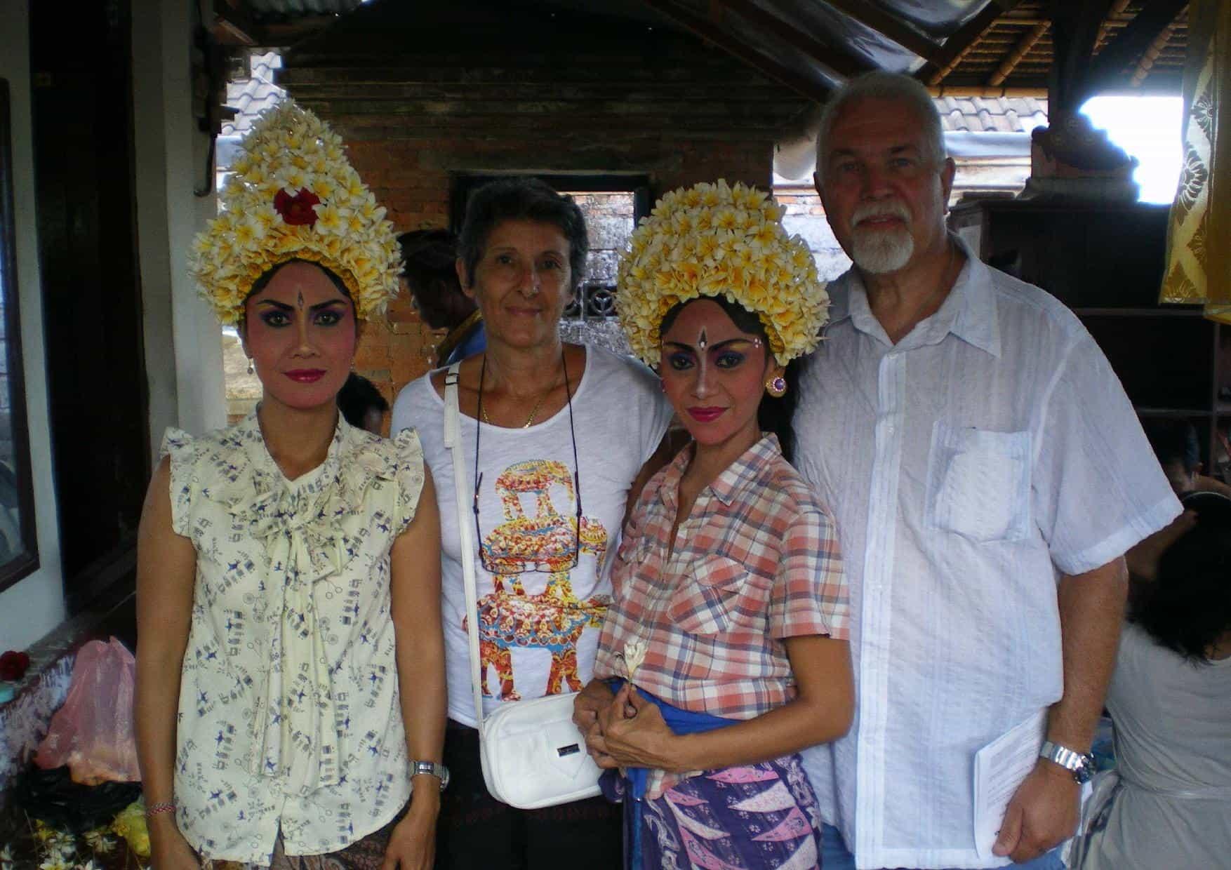 costume traditionnel balinais circuit voyage