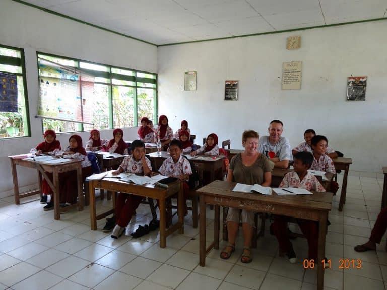 école indonésienne écoliers javanais