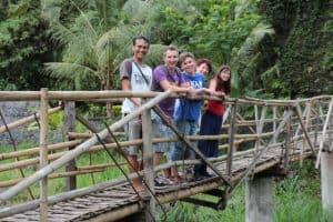 famille en voyage à bali aventure
