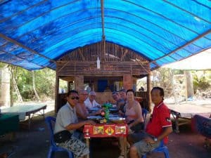 warung indonésie pause déjeuner circuit