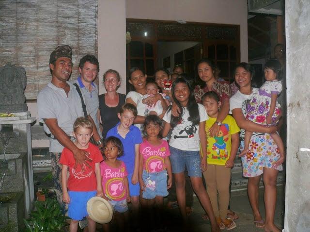 bali avec de jeunes enfants