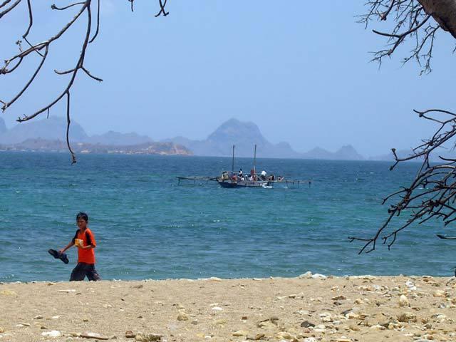 flores indonesie plage voyage decouverte