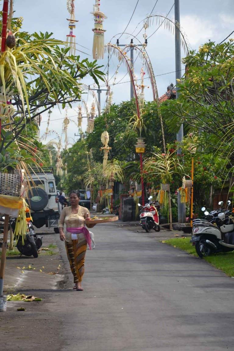 galungan céremonie balinaise indonesie