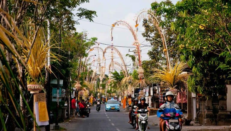 galungan fete traditionnelle bali panorama