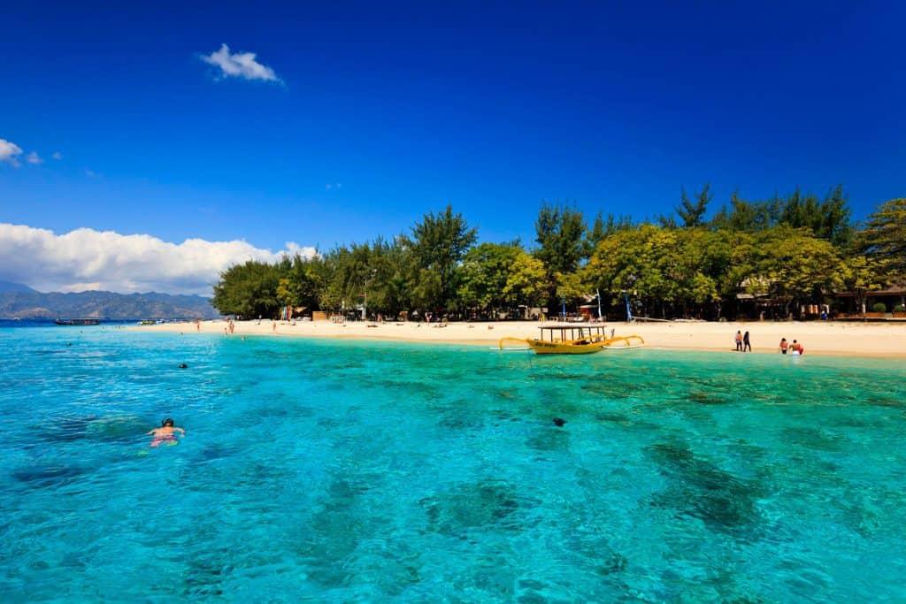 Îles Gili Indonésie Lombok plage plongée au paradis eau cristalline bleu vert turquoise