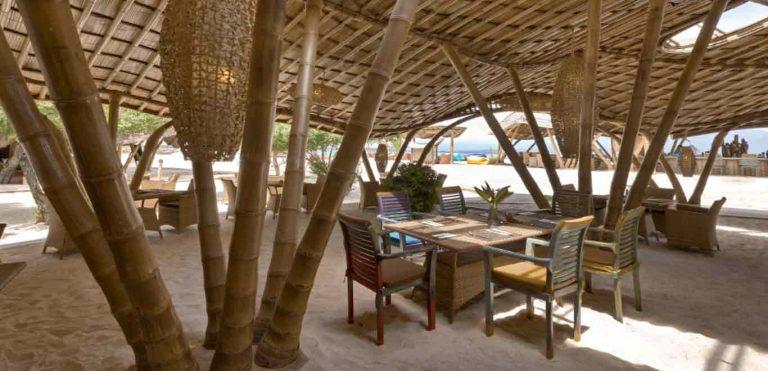 Gili Trawangan restaurant bambou plage iles Gili Indonésie