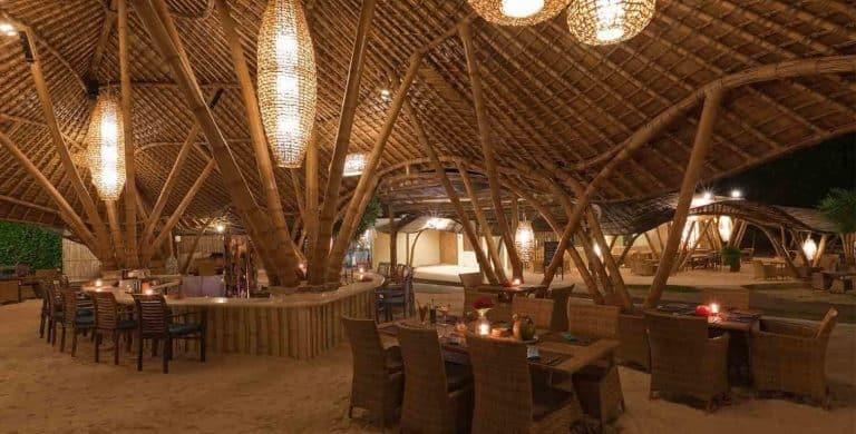 Gili Trawangan restaurant bambou nuit plage iles Gili Indonésie Lombok