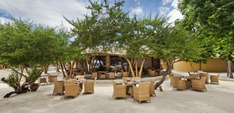 Gili Trawangan plage bar Pearl Beach Lounge iles Gili Indonésie