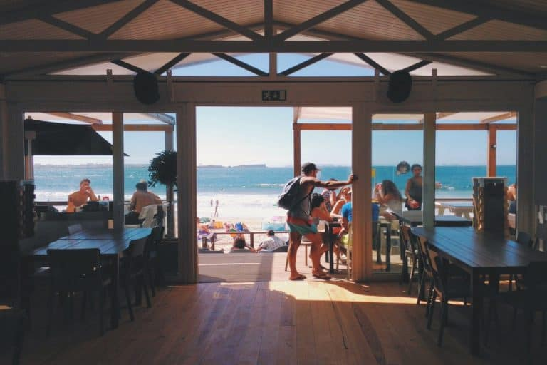 Gili Trawangan restaurant face océan iles Gili Indonésie Lombok