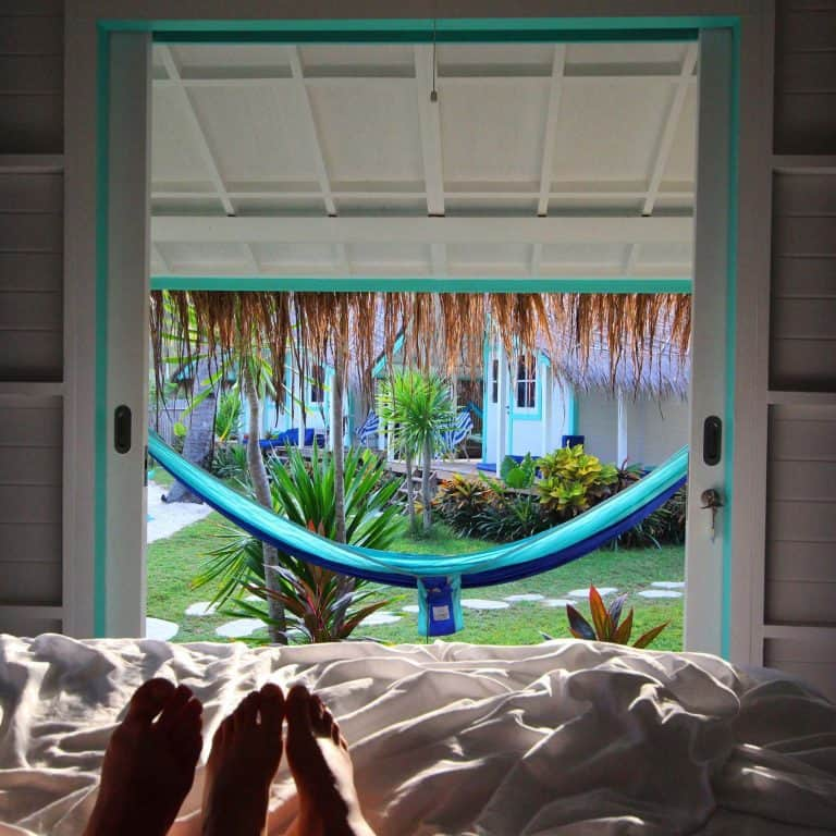 Gili Trawangan vacances romantiques hôtel vue hamac du lit iles Gili Indonésie Lombok