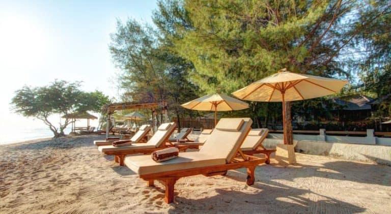 Gili Trawangan plage coucher de soleil hotel voyage iles Gili Indonésie Lombok