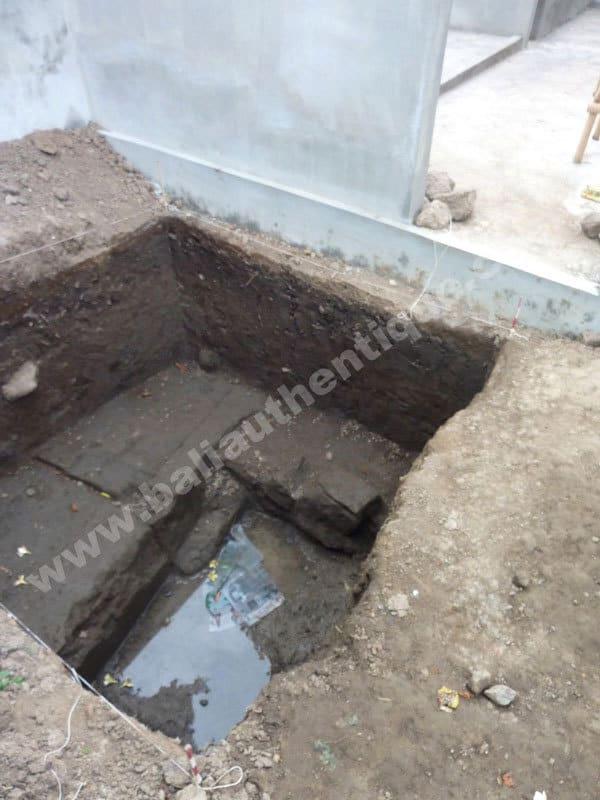 grand temple hindou decouvert sous terre bali