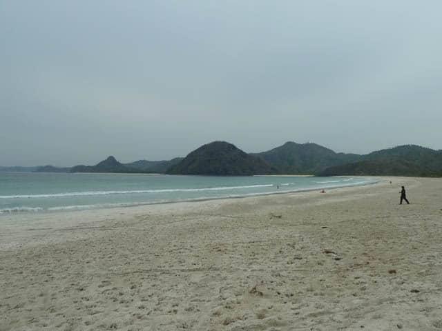 grande plage kuta lombok indonesie