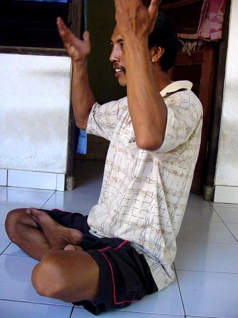 guérisseur balinais tradition balinaise indonesie