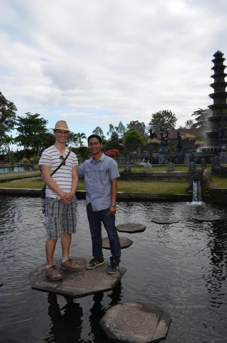 guide indonésien francophone bali authentique