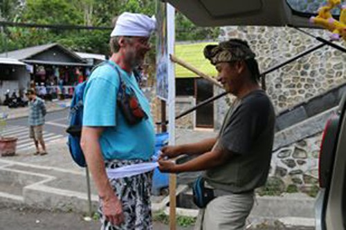 Guide Putu Suartama client Baliauthentique