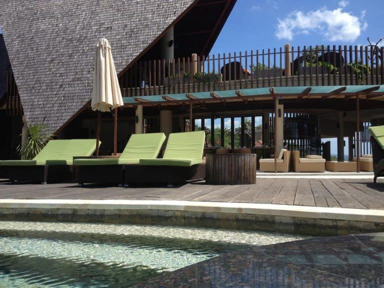 hotel bali amed espace piscine